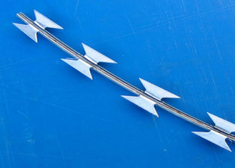 China Hot Dip Galvanized BTO-22 Concertina Razor Barbed  Wire with 450mm Diameter supplier