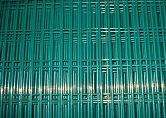 "China 4 MM Wire Mesh Fence 3 "" * 1 / 2 ""  Hole  2 . 4 M  Height 358 For Security supplier"
