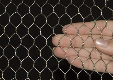China 1.0 MM 1 / 2 '' Aperture Electro Galvanized Hexagonal Chicken Mesh Corrosion - Resistant supplier
