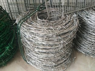 China 12# *14# Galvanized Barbed Wire Hot Dip Galvanized Iron Wire Fence supplier