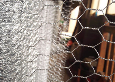 China 1.3 Mm Galvanized Chicken Wire Mesh PVC Coated Chicken Fence Wire 30m Roll Length supplier