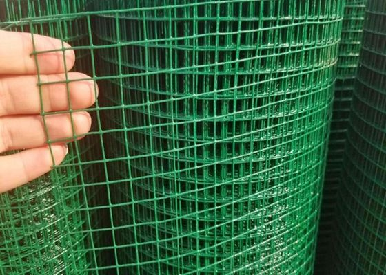 "China 0.7MM*3/4""*3/4""**1.5M*20M Green Pvc Welded Wire Mesh Used As Chick Mesh supplier"