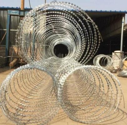China BTO-22 Galvanized Razor Barbed Wire for Protection Military Security Fence supplier