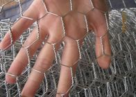 "China Hot Dipped Galvanized 0.7mm*1/2""*1/2""* 1M*20M Rabbit Hexagonal Wire Mesh factory"