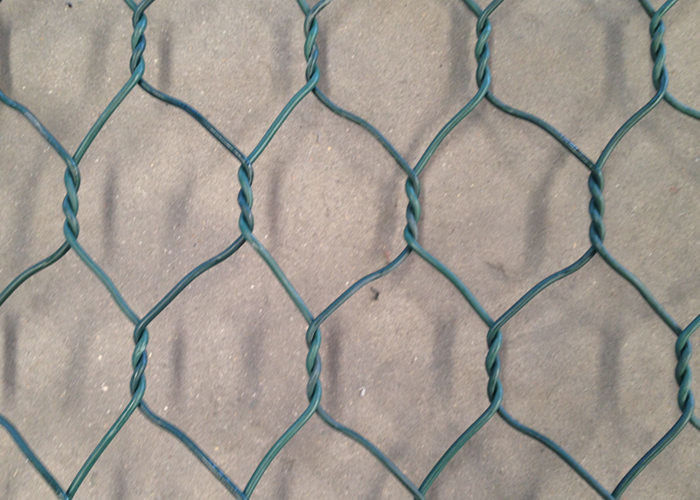 PVC Coated Chicken Wire Netting , Woven Vinyl Coated Hex Wire Mesh