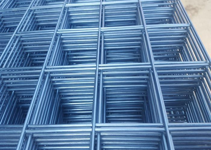 2 . 5mm Hot Dips Galvanized Fence Panels , PVC Coating Wire Grid Panels