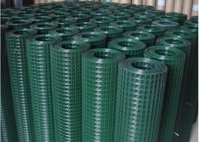 Electric Galvanized Welded Wire Mesh Rolls / Green Mesh Fencing 0.60 ...