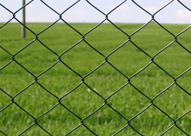 China Strong Sports Field Chain Link Fence 2 '' Opening 2.00M Roll Height factory