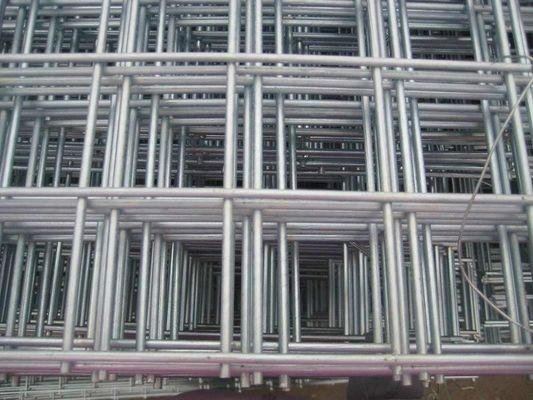 China Eelctro Galvanized Welded Wire Mesh Panels Alkali Resistant For Construction factory