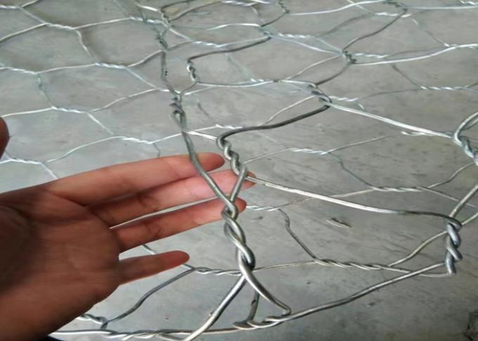 3mm*80mm*100mm Bright Galvanized Hexgonal Poultry Wire Netting With 60g Zinc Coating