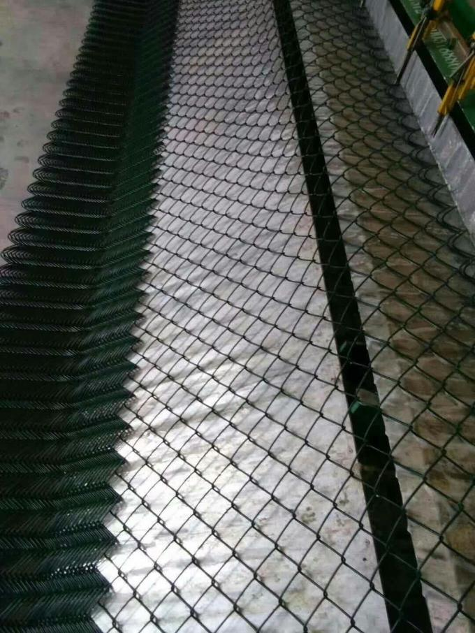 Metal Green Coated Chain Link Fence Construction 4mm And 5cm Size