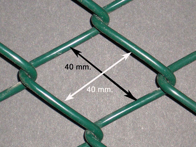 9 Gauge Low Carbon Iron Wire Sports Fence , Chain Link Yard Fencing