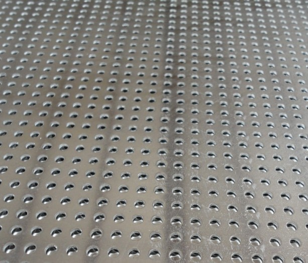 Stainless Steel Perforated Metal Mesh Sheet 0 . 8mm - 2mm For Protection Decoration