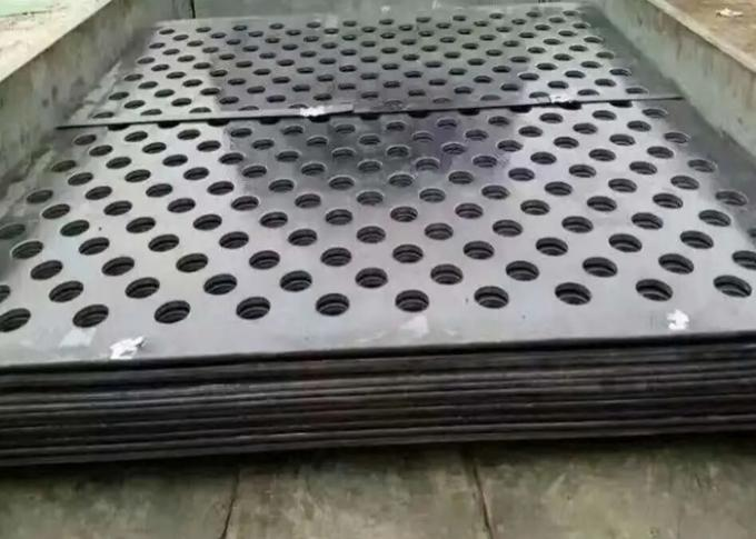 5mm*5mm*1mm Thickness Galvanized Metal Perforated Sheet 0.8MM*10mm*10mm Center Hole