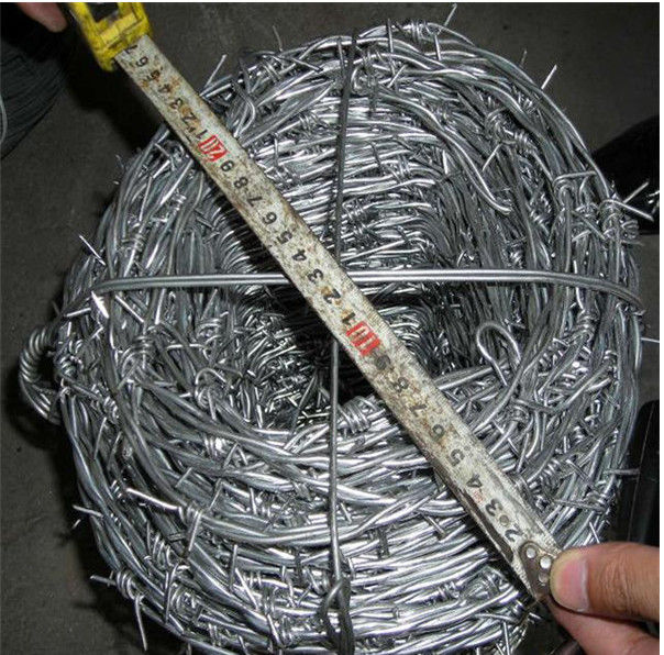 2mm * 2mm Galvanized Barbed Wire Fence Farm Barbed Wire Fence